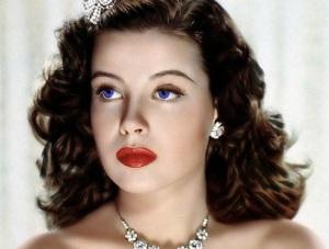 1940s_makeup_style-glamourdaze_1 2