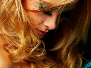 blonde-pretty-girl