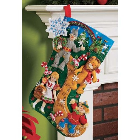 Christmas_in_Oz_Bucilla_Felt_Applique_Stocking12971801274d5165df55b29