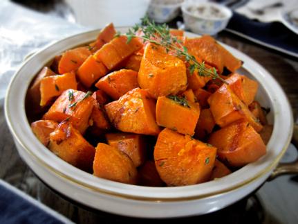 thyme-roasted-sweet-potatoes-yams